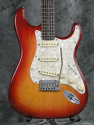 2006 Fender American Deluxe Ash Stratocaster Aged