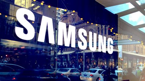Samsung's Sydney Concept Store Is Shiny, But Don't Expect