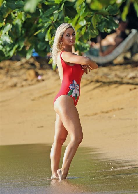 Katy Perry In a Red Swimsuit at a Beach in Hawaii - Celebzz