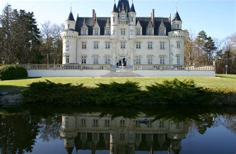 Chateau for sale to Poitiers - MasterHomes®